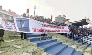 CĐV Hải Phòng đòi Chủ tịch từ chức