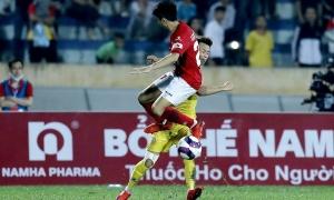 Lee Nguyễn lần thứ ba lĩnh thẻ đỏ ở V-League