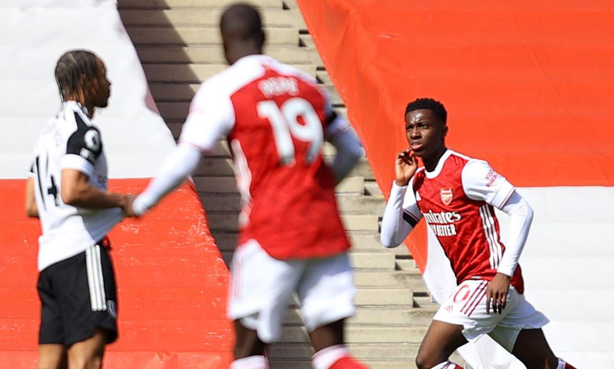 Arsenal suýt thua đội sắp xuống hạng