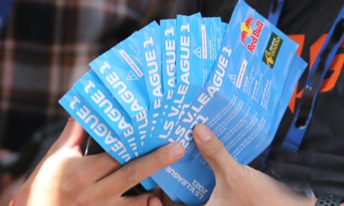 Giá vé trận HAGL - Hà Nội tăng gấp 15 đến 20 lần