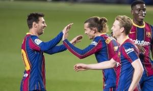 Messi đuổi kịp Ronaldo trên đường đua Giày Vàng