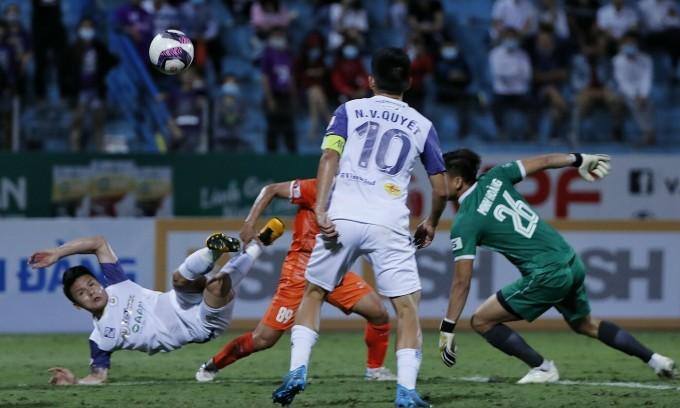 Hà Nội thua trận thứ sáu ở V-League