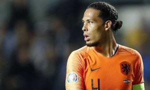 Van Dijk không dự Euro