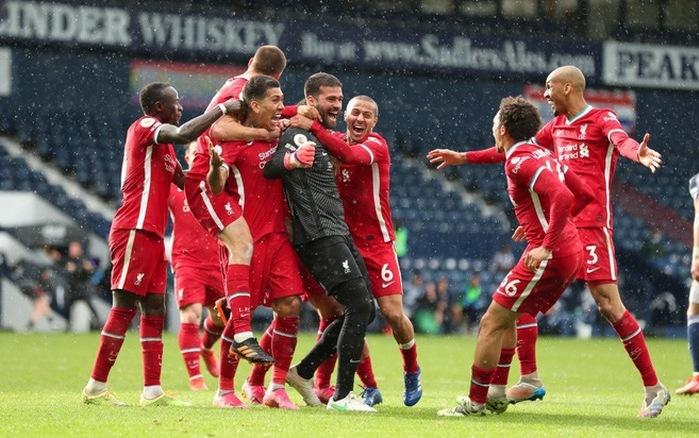 Thủ môn Liverpool: 'Chúa đã chọn tôi ghi bàn'