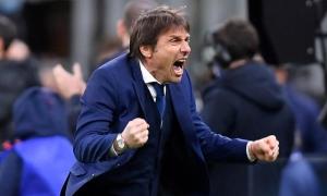 Tottenham bỏ kế hoạch thuê Conte