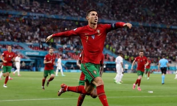 Bồ Đào Nha 2-2 Pháp: Ronaldo lập kỷ lục