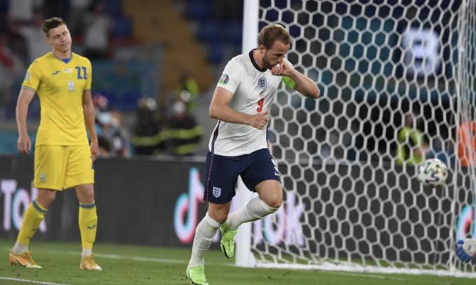 Ukraine 0-4 Anh: Harry Kane tỏa sáng