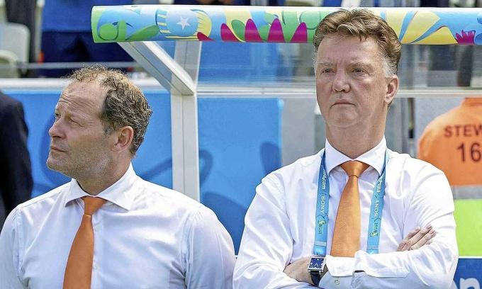 Van Gaal lần thứ ba làm HLV tuyển Hà Lan
