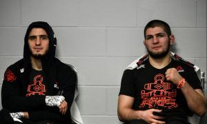 Cựu vô địch UFC tiết lộ Khabib có thể tái xuất