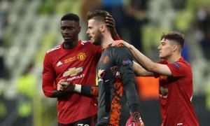 Man Utd hối hận vì trả lương cao cho De Gea