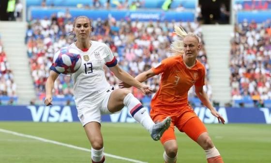 Hà Lan 2-2 Mỹ (pen 2-4)