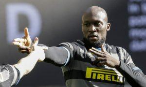 Chelsea sẵn sàng phá trần lương vì Lukaku