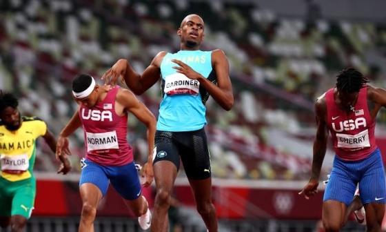 Chân chạy Bahamas giành HC vàng 400m