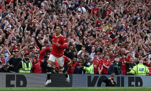 Những dấu ấn ít biết về màn ra mắt của Ronaldo