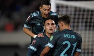 Argentina thắng dù Messi im tiếng