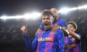 Pique là hậu vệ ghi bàn nhiều nhất Champions League